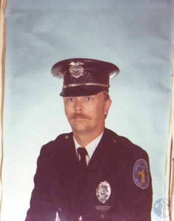 Image: di30877 - Police officer Paul Flinker