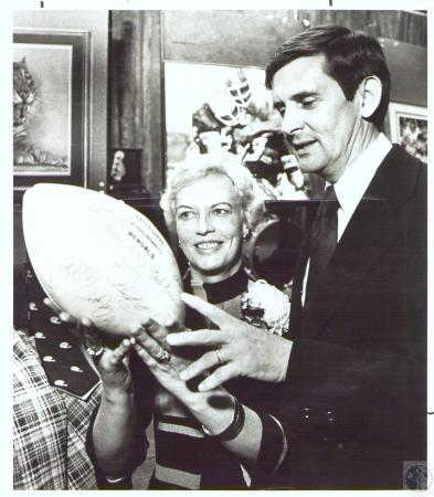 Image: di30982 - Mrs James Fedders and Dr. Richard DeGraf