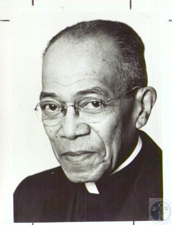 Image: di31211 - Rev. William H. White is retiring