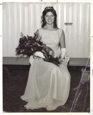 Image: di32526 - Teri Walker (18), Miss Kenton County Fair 1972