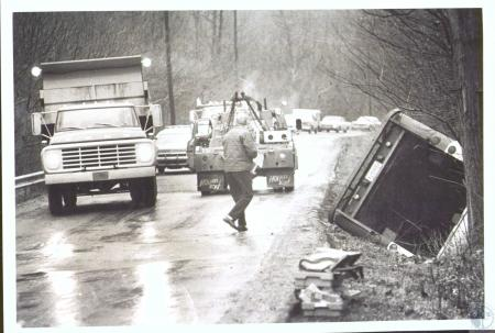 Image: di33089 - Mail truck slid off icy Sleepy Hollow Road