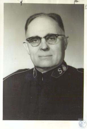 Image: di35002 - Col. J. Clyde Cox, Salvation Army