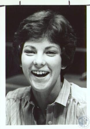 Image: di35133 - Sue Ullrich (18) from Knoxville, Tenn. At Greater Cincinnati Airport