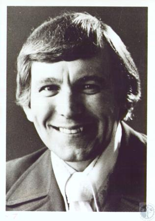 Image: di37359 - Clyde Chiles, evangelist for Baptist Crusade
