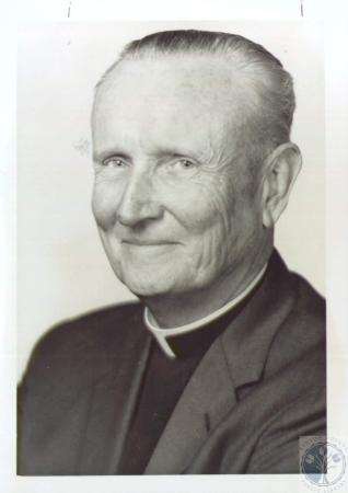 Image: di37582 - Rev. Charles Carroll