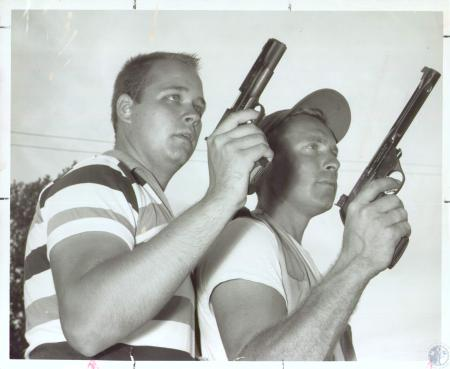 Image: di38049 - Alfred Hughes and Dick Gable