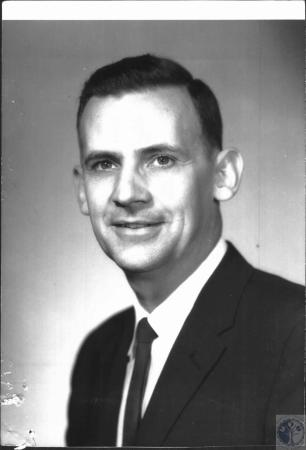 Image: di38564 - Rev. Wallace Carrier