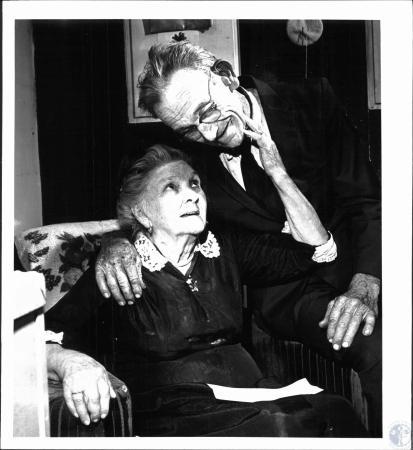 Image: di38610 - Clarence Jackson (75), Minnie Atkins Jackson (92)