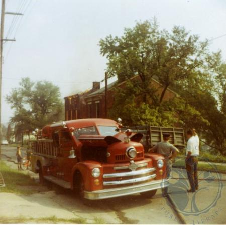 Image: di39274 - Razing of houses on Eastern side of 500 block of Western