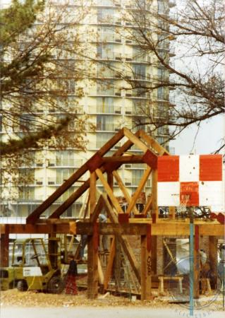 Image: di39305 - Construction of shelter house, Goebel Park