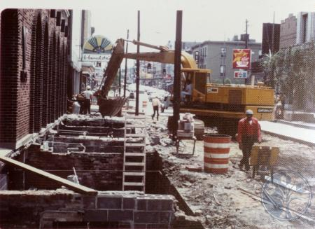 Image: di39315 - CURE construction, south on Madison between Pike and 7th