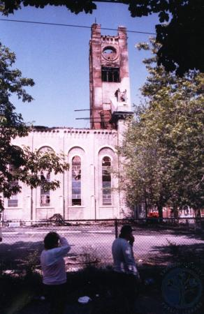 Image: di39585 - Fire ravaged remains of St. Aloysius church