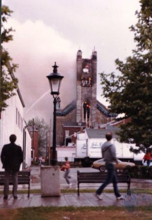Image: di39595 - Burning of St. Aloysius