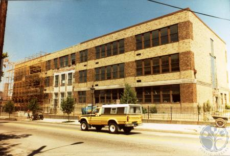 Image: di39761 - Converting the 3rd District School Building into an office structure