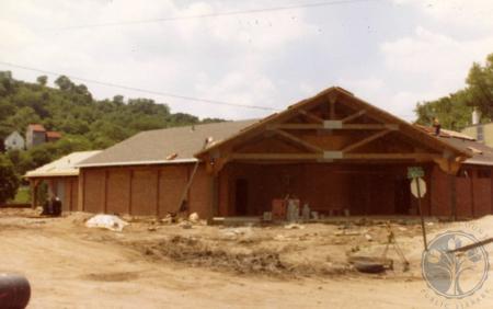 Image: di39824 - Construction of shelterhouse at northwest corner of 9th and Dalton