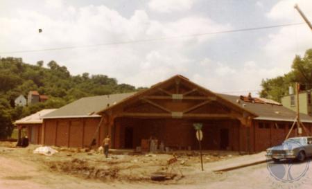 Image: di39825 - Construction of shelterhouse at northwest corner of 9th and Dalton