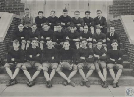 Image: di40200 - Lloyd High School football team