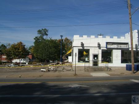 Image: di40315 - demolition of White Castle