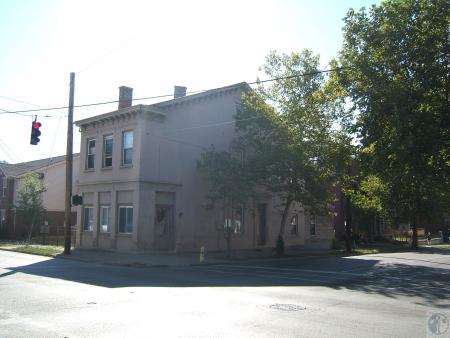 Image: di40334 - 201 East 12th Street (corner of Greenup)