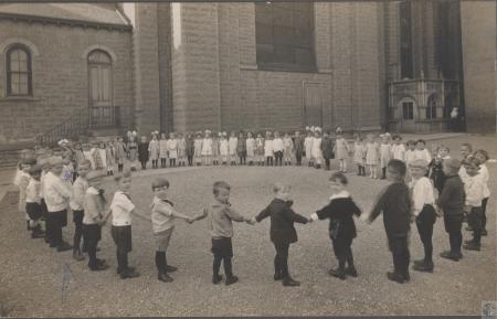 Image: di40569 - Kindergarten at Saint Aloysius