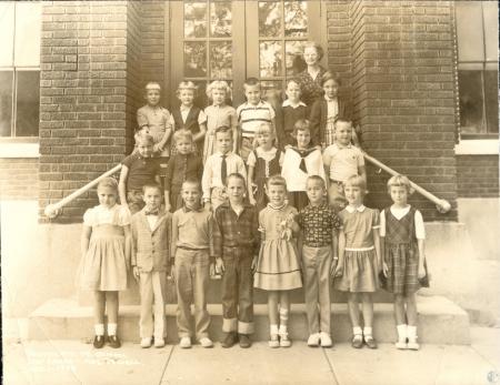Image: di40669 - Southgate School, 2nd grade