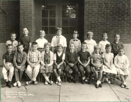 Image: di40670 - Southgate School, 3rd grade