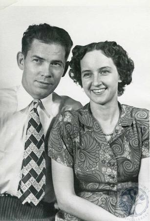 Image: di41943 - Leslie Guy and Ruth Wilma Phillips