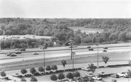 Image: di42266 - I-75; Saint Luke West Hospital parking lot to left