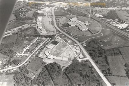 Image: di43454 - aerial view of mall, and surrounding area