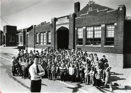 Image: di45847 - Don Martin and students, staff, and building of Southgate School System