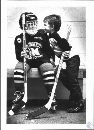 Image: di50012 - Dustin Murphy (8) & Justin Borgman (6) - both of Cinti