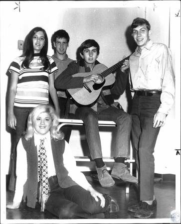 Image: di51130 - (seated) Karen Dean (standing) Ruth Neiser, Jim Kuhl, Rick Bankemper, Jack Stapleton. All members of....