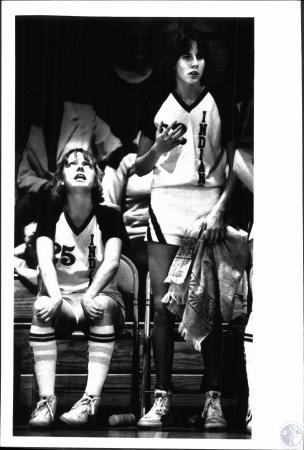 Image: di51479 - #25 Mindy Egan, #32 Jeri Butts. Mindy looks skyward for some help in the late going of 9th region tournament....