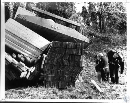 Image: di53750 - Trucker flipped load of lumber at Ft. Mitchell exit off I-75 Southbound. Captain William Race of Fort....