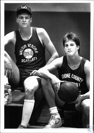 Image: di54038 - Walton Verona and Boone County High School basketball players