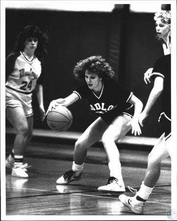 Image: di54222 - Ludlow High School vs Bishop Brossart High School girl's basketball game