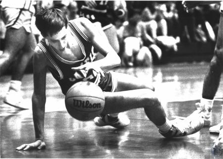 Image: di54232 - Campbell County High School Basketball player