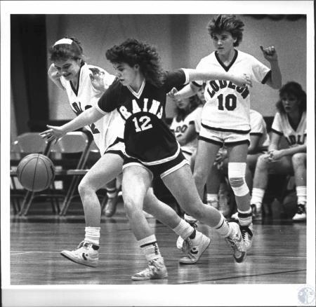 Image: di54235 - Girls High School Basketball, Silver Grove vs Ludlow