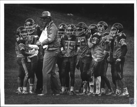 Image: di54309 - Erlanger Lions Youth League Football Team