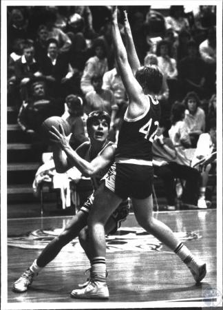 Image: di54317 - Boys High School Basketball, Simon Kenton vs Walton-Verona