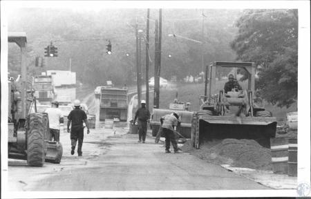 Image: di55376 - Road construction - Dixie Highway, looking south from I0275 construction in the rain