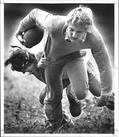 Image: di55580 - Tony Anneken (18), Larry Averbeck (20). Pickup football game in Devou Park