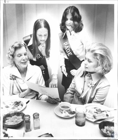 Image: di58047 - Mrs. Norman C. Armitage, Nancy Edmiston, Lillie Ferrante, Mrs. W.P. Jones