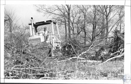 Image: di60992 - Carlisle Co. heavy equipment begins to claen land for Kroger Research Center