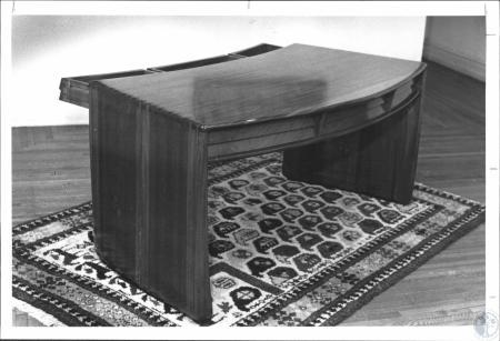 Image: di61287 - Desk made by Lynn B. Sweet at Carnegie Arts Center