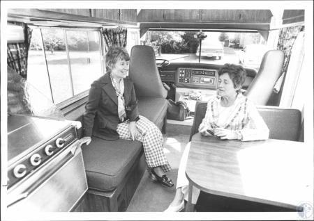 Image: di61476 - Mrs. John J. O'Hara and Mrs. Robert T. Kleusch