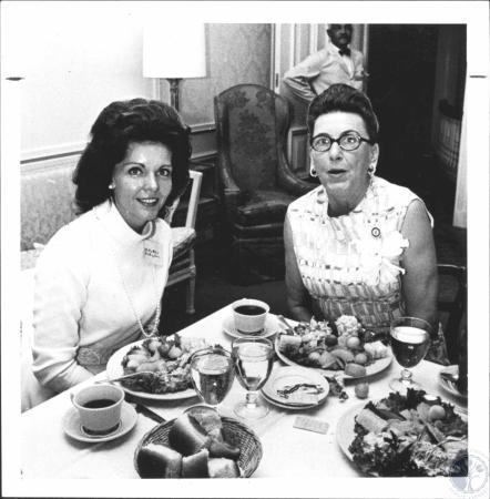 Image: di61502 - Mrs. Edgar D. Whitcomb and Mrs. Louie B. Nunn