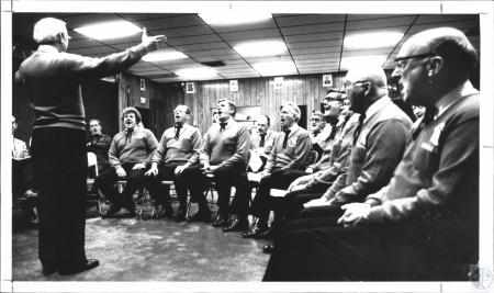 Image: di62439 - Barbershop singers during rehearsal at Bellevue Vets Hall