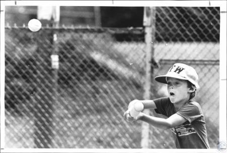 Image: di64628 - Mark Addison (8) attending a baseball clinic