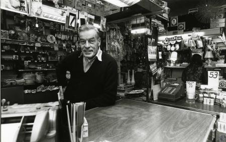 Image: di69364 - Unknown man in variety store